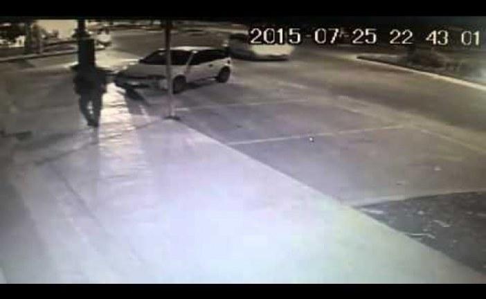 Conductor arrolló a motociclista y huyó del lugar.