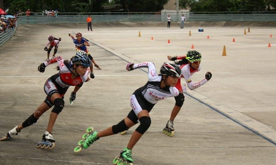 1433217214_tauramena-departamental-escuelas-patinaje-11
