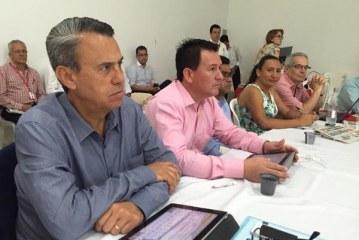 Contratistas petroleros critican manejo laboral con juntas comunales