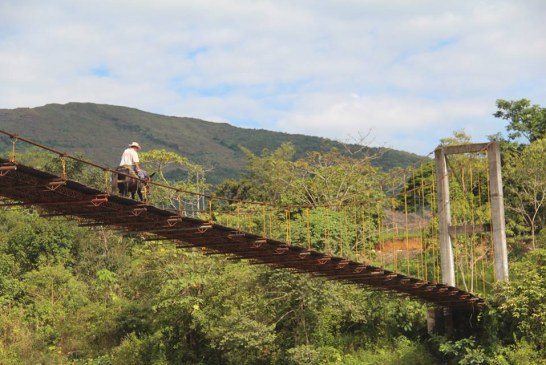 Mantenimiento y mejoramiento de puente beneficia a más de mil personas en Sabanalarga