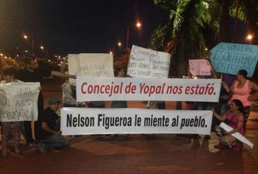 Afectados por vivienda de Nelson Figueroa le harían hoy un plantón