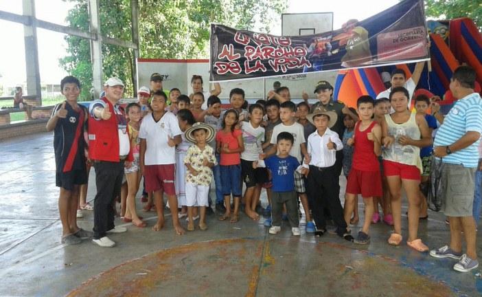 580 niños del área rural de Yopal celebraron el día de los disfraces