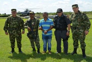 "Ejército captura a alias ""Chamizo"", cabecilla del Eln"