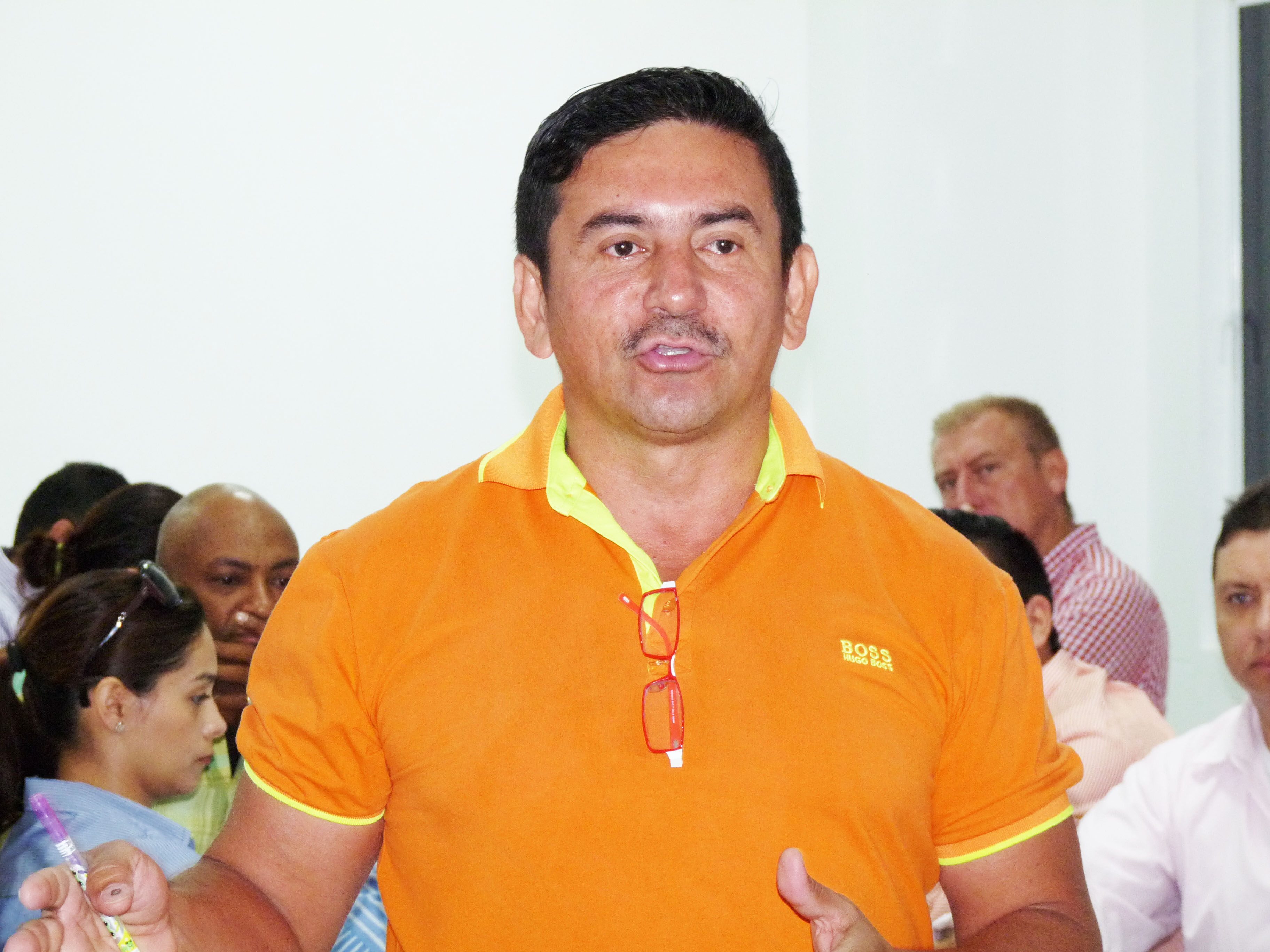 asesor-juridico-jhon-kenedy-wilchez-carreo