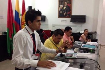 Estudiantes expondrán situación crítica de la canasta educativa – Cristian Ramírez