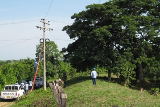 Veredas de Pore Casanare denuncian incumplimiento en proyecto de electrificación