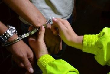 Por nexos con 'Inglaterra' capturan a mayor de la Policía