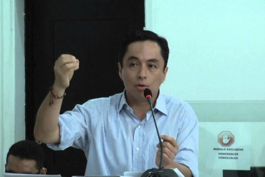 En la alcaldía se reparten de manera descarada los recursos publico, Leonardo Puentes sobre el escándalo de la alcaldia