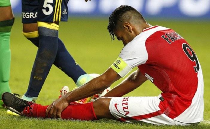 Falcao García tiene una distensión muscular