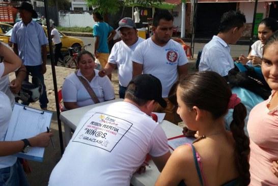 Firmatón   para impulsar referendo de cadena perpetúa para los violadores en Paz De Ariporo