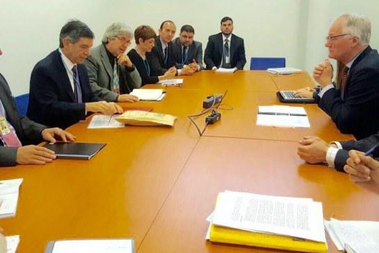 """""""No queremos campesinos presos, queremos campesinos propietarios"""", dice Miguel Samper ante Comisión de Estupefacientes, en Viena"""