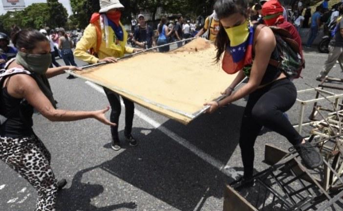 #EnAudio Mariela Zaa habla de la situación que se registra en Venezuela. Un muerto se registró en última marcha