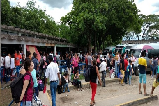 25 vehículos adicionales prestaran el servicio de transporte terrestre de pasajeros en la Terminal de Yopal.