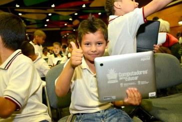 Gobernación amplía cobertura TIC con más de 10 mil portátiles para 393 sedes educativas de Casanare