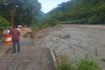 #EnAudio Habitantes de #ElMorro reclaman atención urgente a la vía.