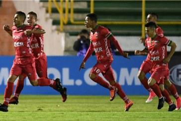 Patriotas venció por penales a Everton y sigue con vida en la Sudamericana