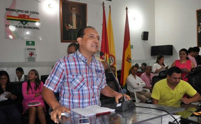 #EnAudio Algunos establecimientos comerciales están falsificando documentos: Juan Carlos Suarez