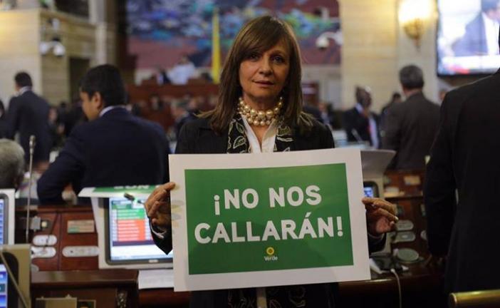 #EnAudio Congresista Ángela Robledo nos habla sobre la instalación de sesiones en el senado el día de ayer.