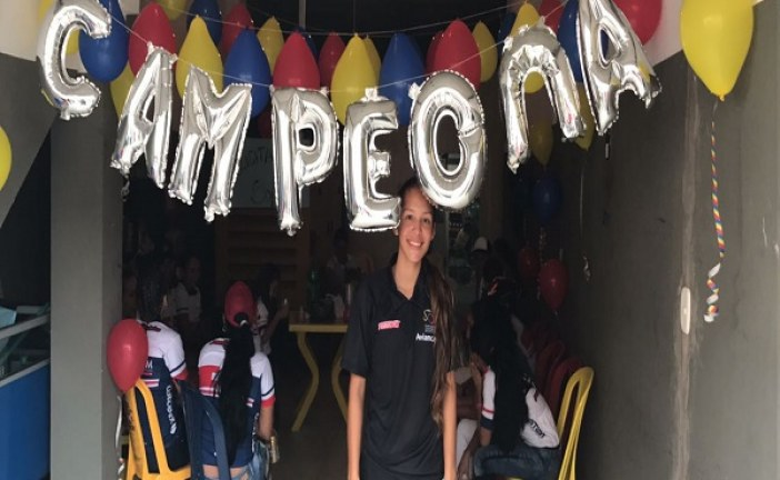 Laura Sofía Castillo ciclista casanareña campeona panamericana en prueba de persecución.