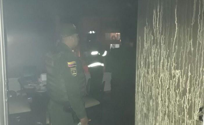 Tres apartamentos resultaron afectados por incendio en Comfacasanare de la calle 40