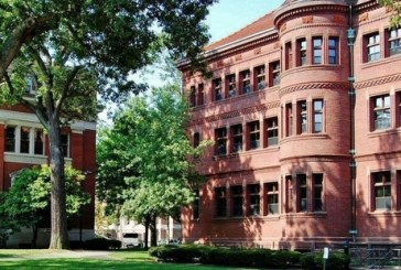 #Violetaenlahistoria: Un día como hoy fue fundada universidad Harvard