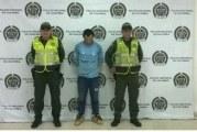 Violó reiteradamente a su hijastra de nueve años de edad en Yopal y fue capturado en Villavicencio