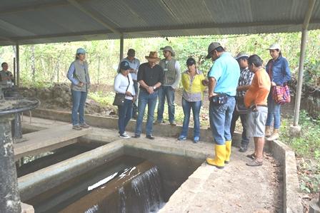 Acuatodos vigila construcción de acueducto de la vereda Sevilla de Aguazul