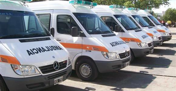 Son las EPS y aseguradoras quienes deben responder por ambulancias a pacientes.