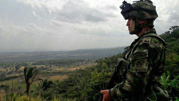 Comandantes de Ejército y Policía revelan que paro armado del ELN no dejó hechos graves