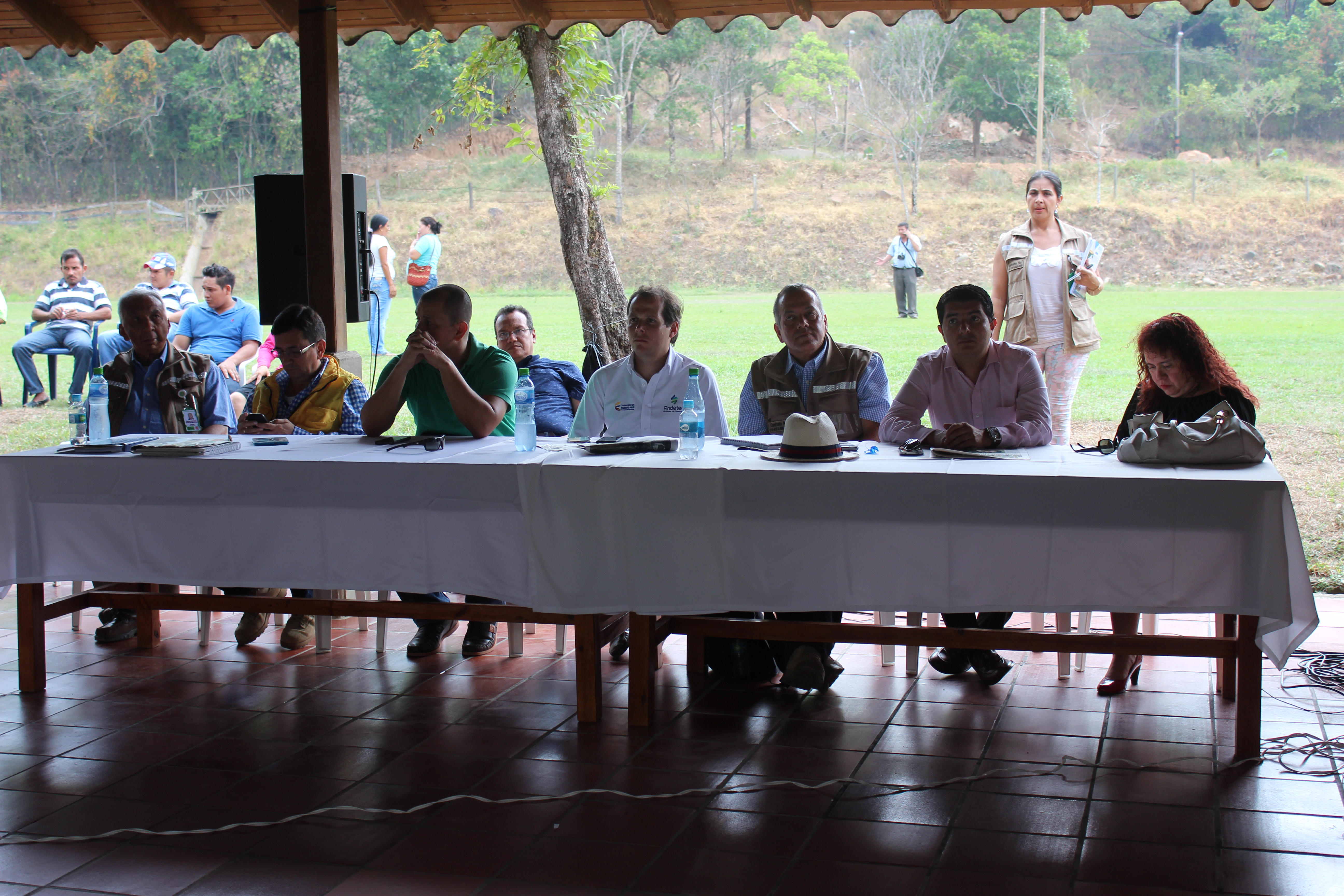 Socializan solución definitiva de agua potable en Yopal