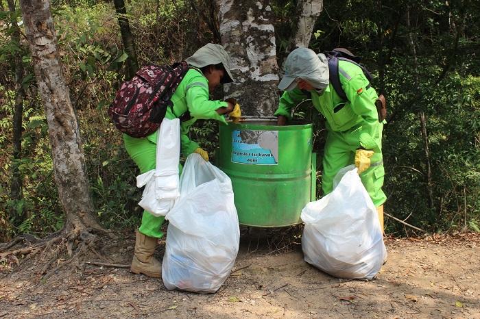 Más de 8 áreas críticas en basuras recuperó la EAAAY en abril
