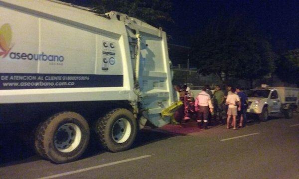 Operario de Aseo Urbano murió al ser atrapado por un carro recolector