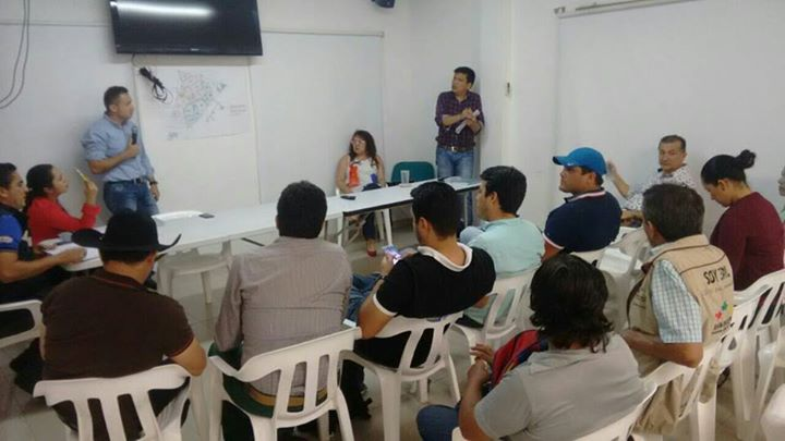 Eaaay se reunió con líderes de yopal para dar a conocer las medidas de contingencia.