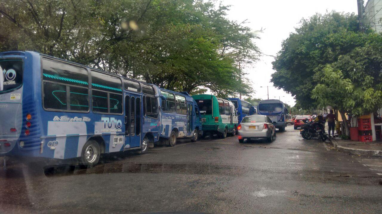 Continúa paro de transporte público en Yopal