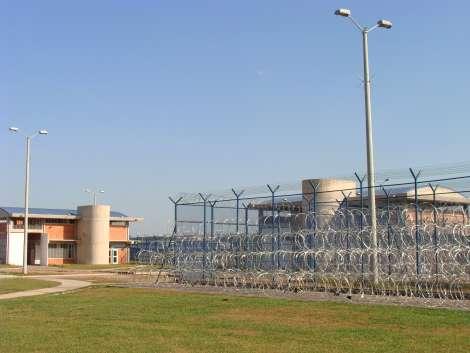 Preso cárcel de Yopal – En huelga de hambre se declara mil presos en cárcel de Yopal