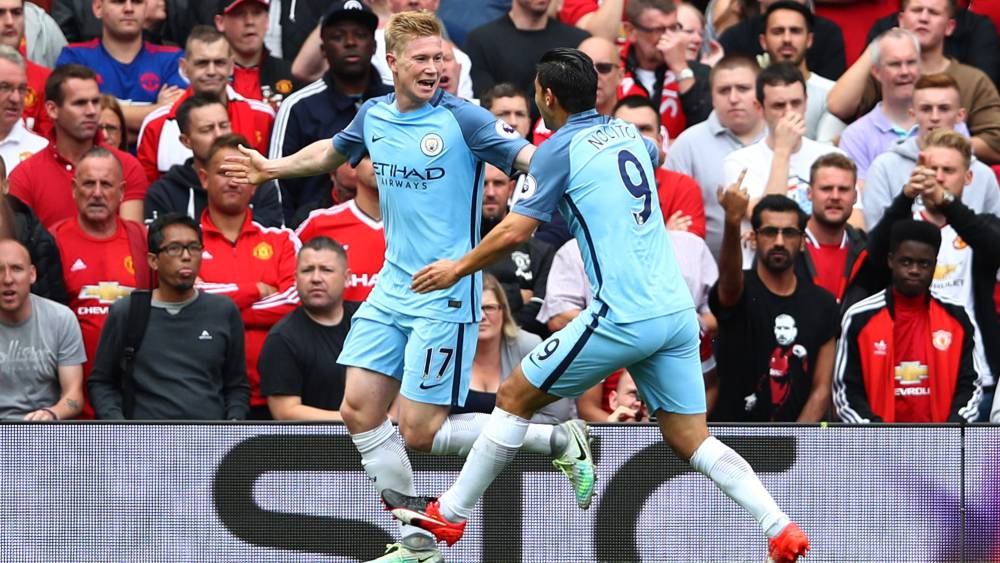 Guardiola le gana a Mourinho la batalla de Old Trafford