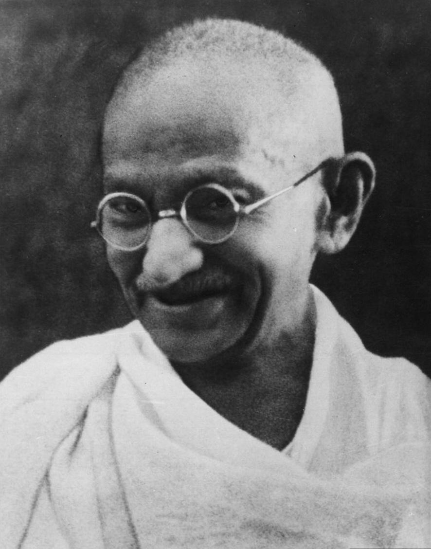 #Violetaenlahistoria: Un día como hoy Gandhi fue arrestado mientras lideraba la protesta de mineros en Sudáfrica