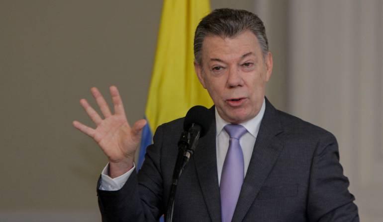 Santos promoverá ley para que campañas políticas se financien solo con recursos del Estado
