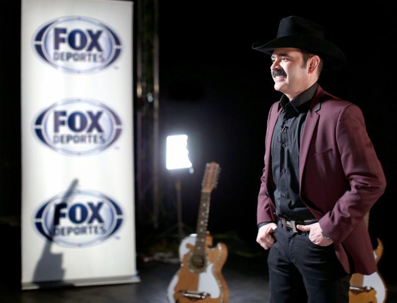 FOX Deportes para realizar el video con los Tucanes de Mexico