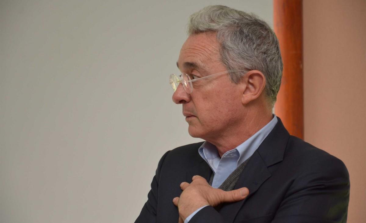 La defensa de Uribe en casos de corrupción