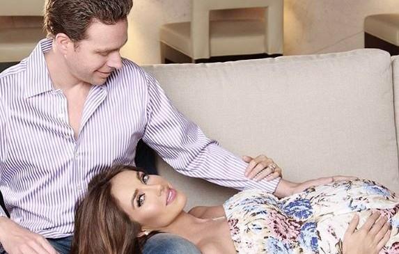 La cantante y actriz mexicana Anahí  ya tuvo bebe.