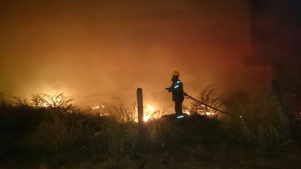 """De 4 a 6 incendios diarios en zona urbana de #Yopal estamos atendiendo"": Harvey Ramírez, comandante Bomberos Yopal."