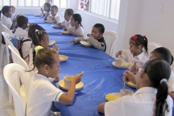 75.000 estudiantes beneficiados con Programa de Alimentación Escolaren Meta