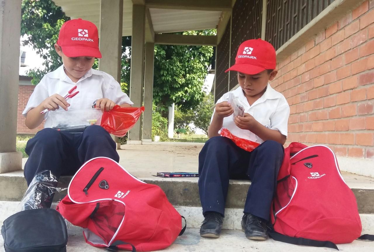 Geopark dotó a tres mil los niños y jóvenes casanareños con kits escolares
