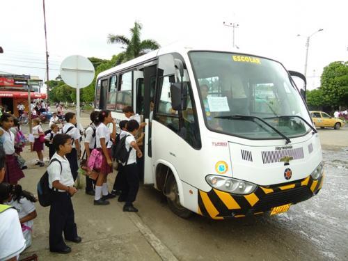 Con mensajes como estos padres de familia de diferentes municipios dicen que no aguantan más la falta de transporte escolar en Casanare.