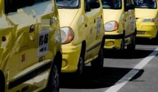 Taxistas de Yopal varados por falta de la tarjeta de operación