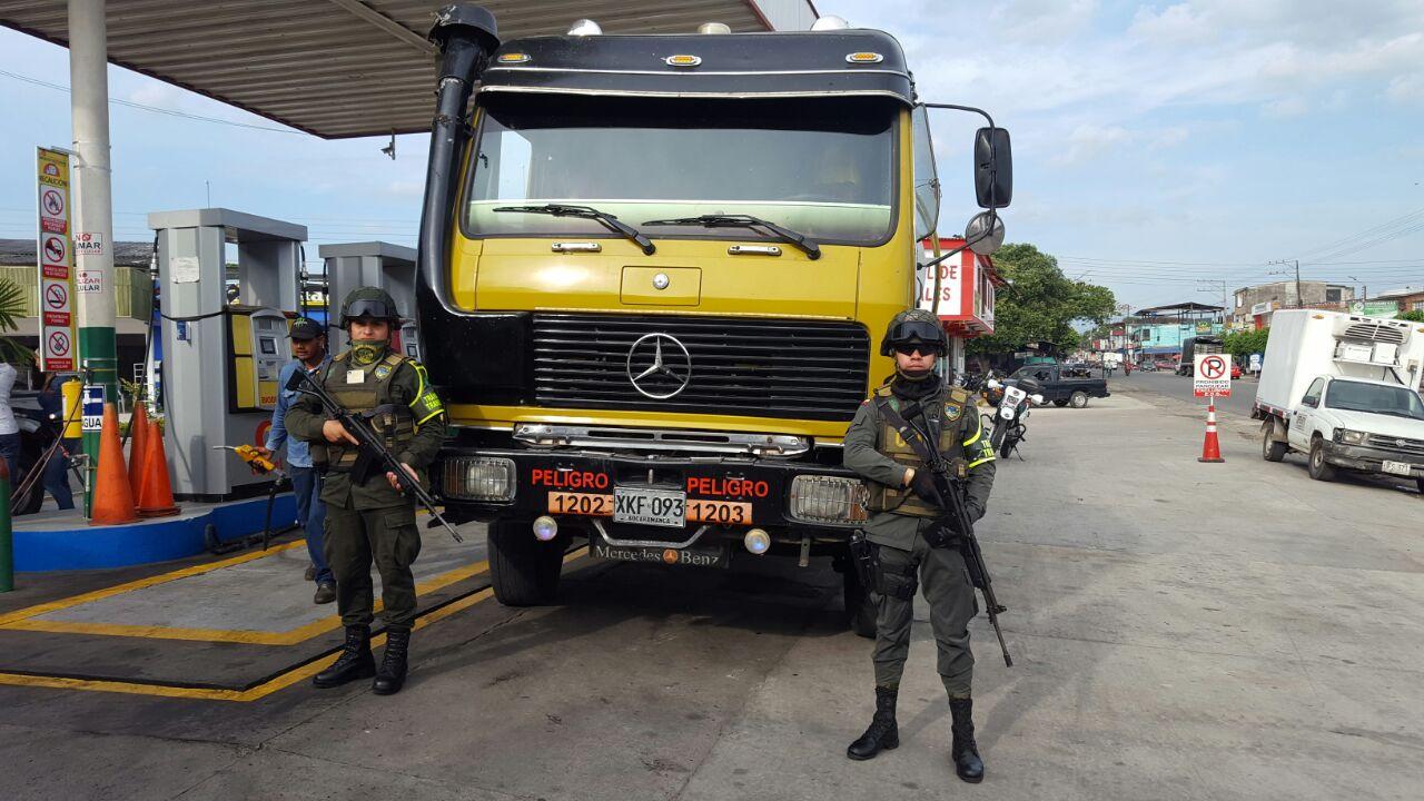 Incautados mas de 1300 galones de combustible en Arauca