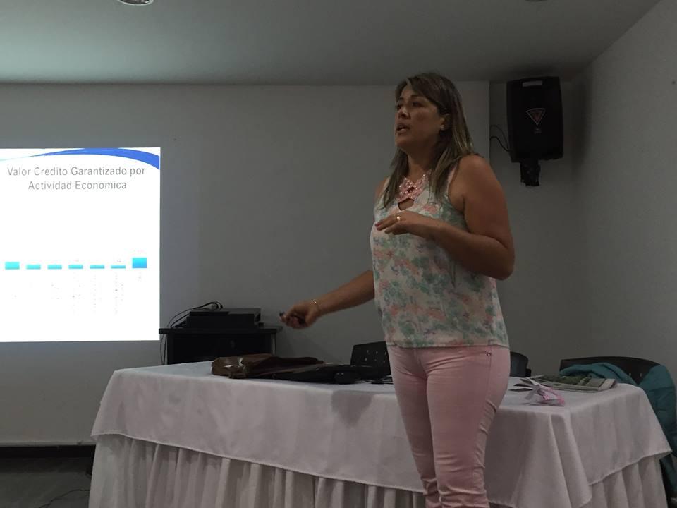 #EnAudio Gloria Esperanza Ladino, directora del Fondo Nacional de Garantías explica cómo solicitar un crédito sin codeudor