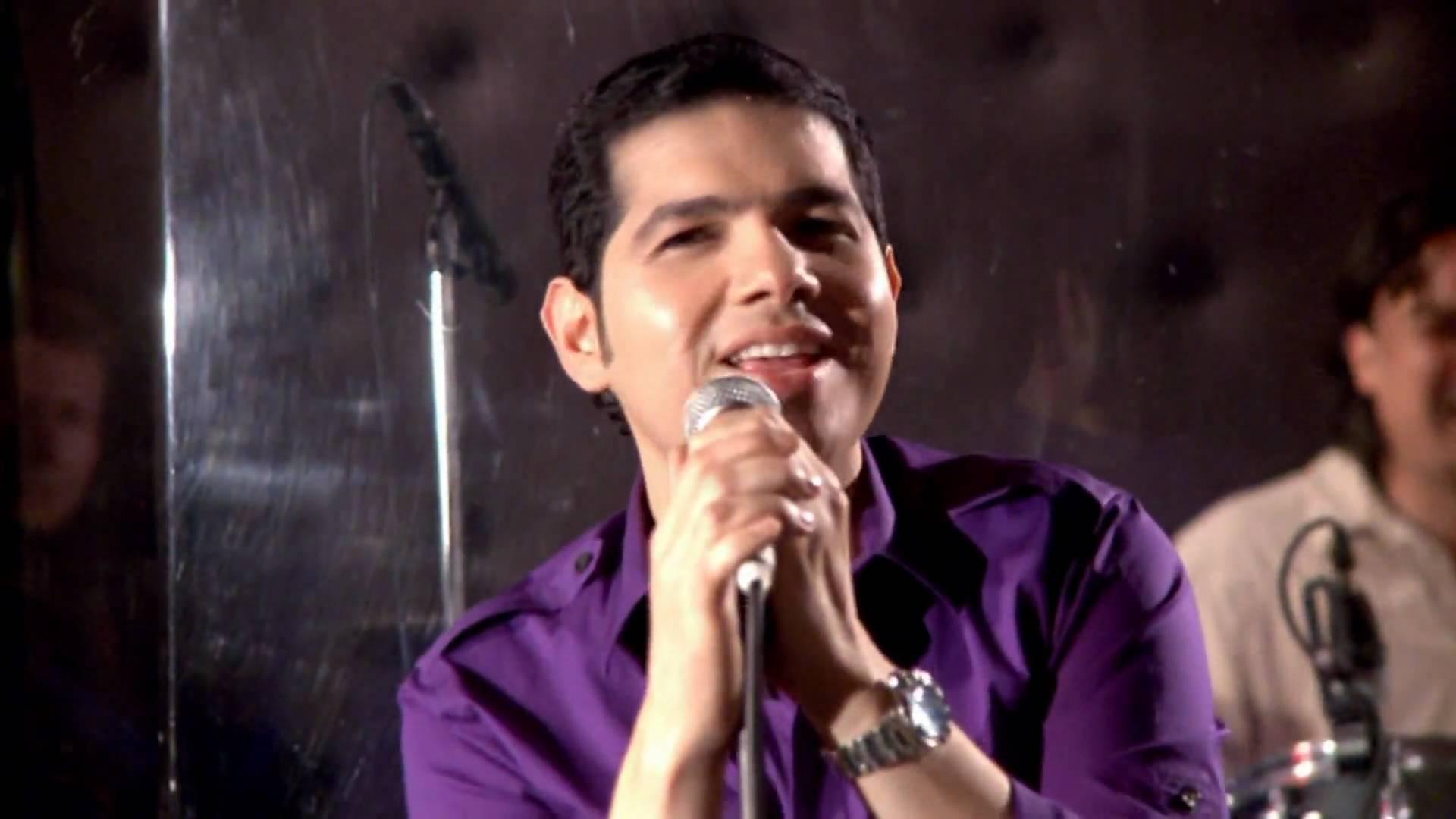 Petter Manjarrez Cantante, compositor  y odontólogo se presenta en Casanare
