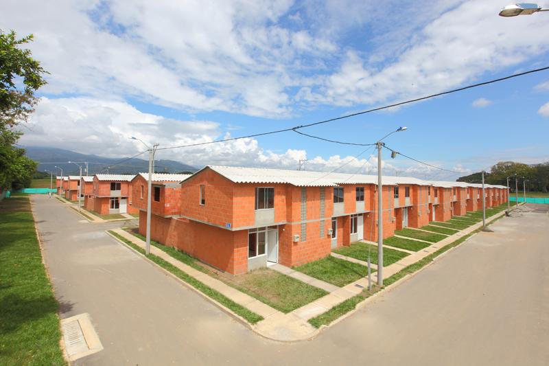 Gobierno anunció inversiones por 1,6 billones de pesos para vivienda en el 2017